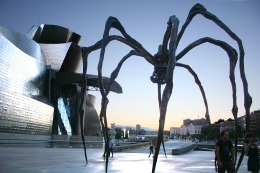 Museo_Guggenheim_Bilbao,_Bilbao._(23811575354